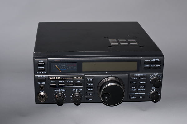 Yaesu FT 840 HF